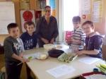 gâteau avec Stanislas, Dylan, Maxandre, Nathan et Maryannick.jpg