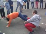deux garçons à terre.jpg
